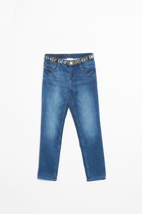 Spodnie jeansowe z ozdobną imitacją paska