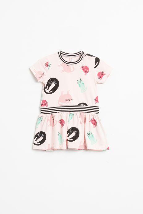 Sukienka z krótkim rękawem w kolorze różówym z nadrukiem